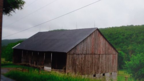 barn 1214 bethel hollow.jpg